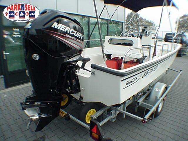 Boston Whaler 17 Montauk Classic met 2017 80 pk Mercury Fourstroke met een Pega 1800 kg trailer.